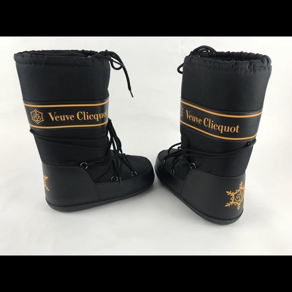 wholesale dealer 4c8ff fe9b3 Veuve Clicquot moon boots black 38-40